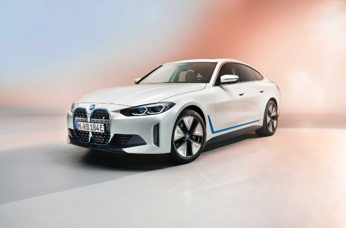 BMW i4 All-Electric Sedan Unveiled; Details Explained