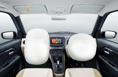 dual front airbags for cars